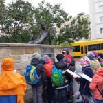... und besuchten Erich Kästner auf dem Albertplatz.